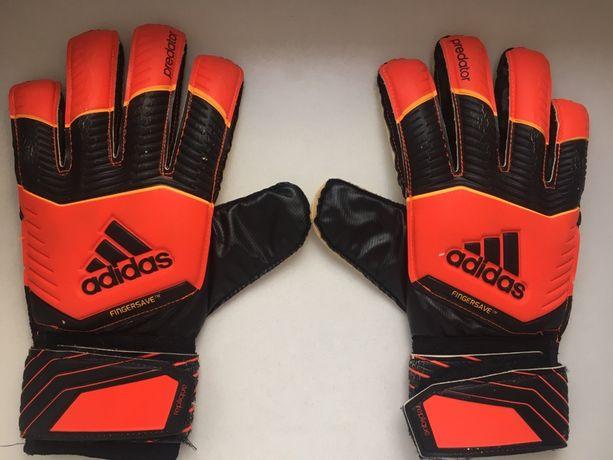 Rękawice bramkarskie adidas predator