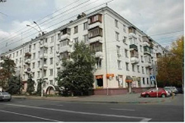 Продам 2 к квартиру в Сталинке на Вышгородской 4