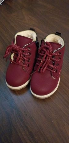 Ботиночки для девочки 24размер