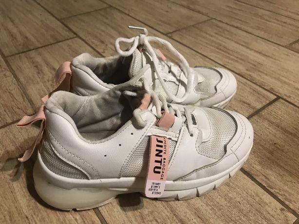 Кросівки для дівчинки 34 р