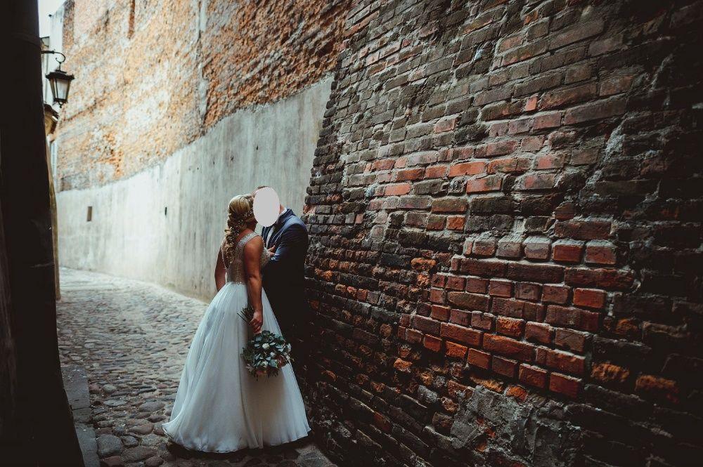 Suknia ślubna Biżuteryjna r. 38