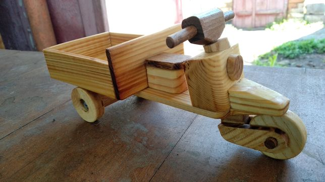 Іграшка Мотороллер вантажний