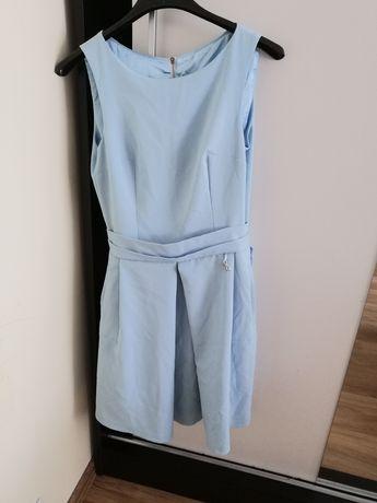 Sukienka błękitna 36