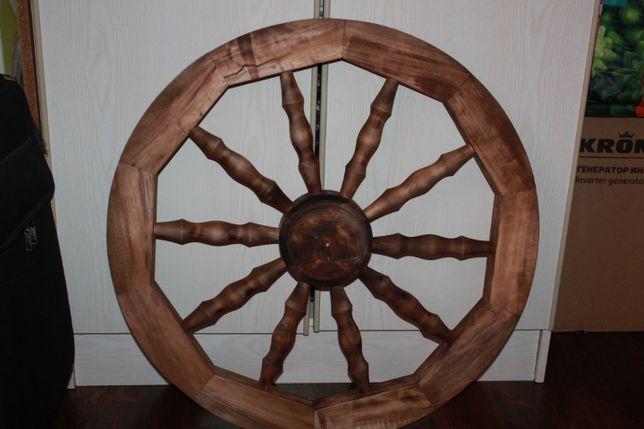 Декоративне колесо до воза.