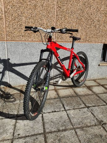 Bicicleta de btt VAG em ótimo estado