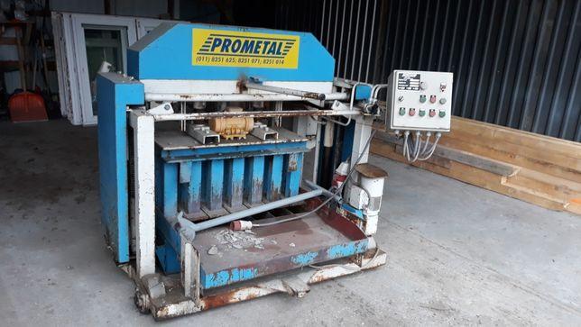 Maszyna do produkcji bloczków betonowych