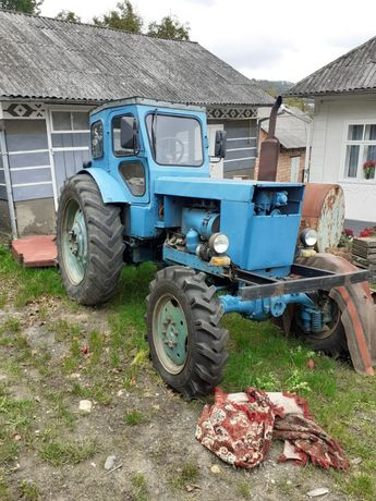 Трактор хтз т 40