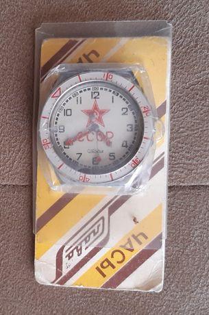Часы Слава новые
