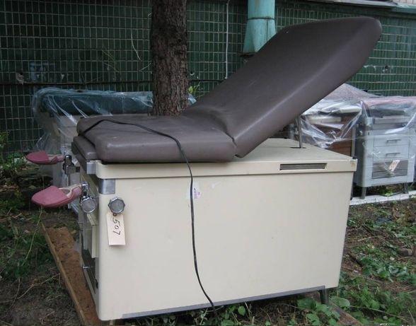 Крісло гінекологічне - кушетка акушерська під відновлення