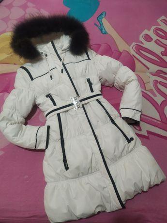 Пуховик, зимнее пальто, плащ, куртка на девочку 152 см