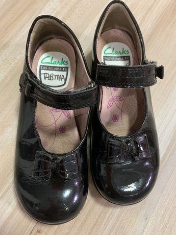 Кожаные лаковые туфли clarks 19,8 см