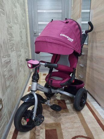 Трёхколёсный велосипед с родительской ручкой Crosser T400