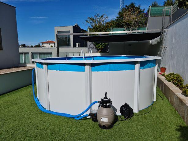 Vende-se piscina de exterior - comprada em Maio!