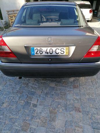 Mercedes c180 a gasolina