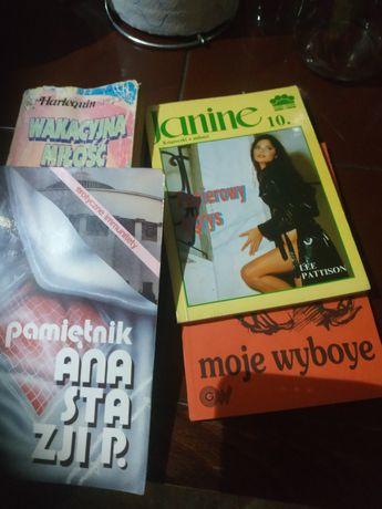 Książki różne rodzaje