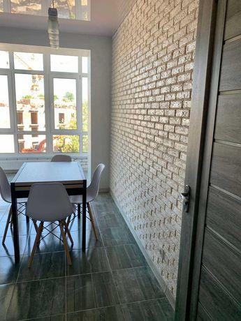 Продаж 1 кімн з дизайнерським ремонтом, вул. Макогона