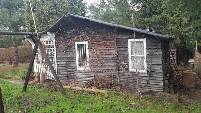 Domek drewniany do rozbiórki i zabrania materiałów