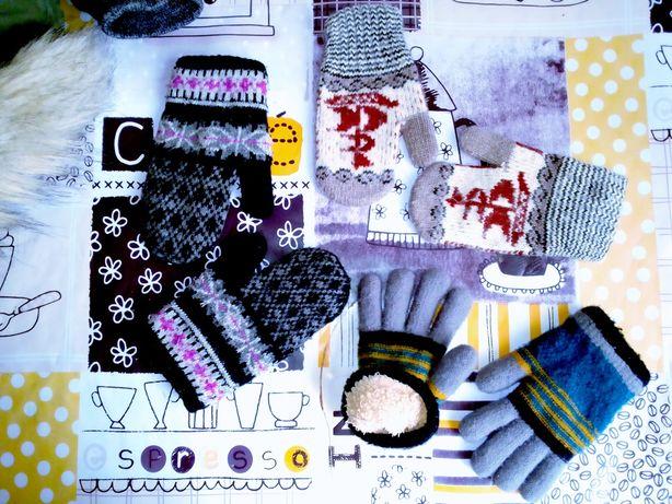 Перчатки ,руковички тепленькие цена за все 3 пары