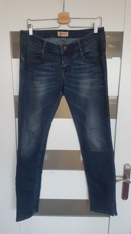 Spodnie Cross Jeans model Melissa W31 L32