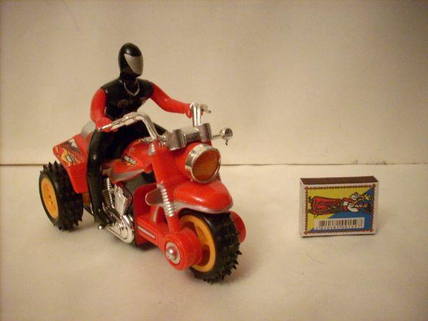 Игрушка, Мотоциклист. На батарейках.