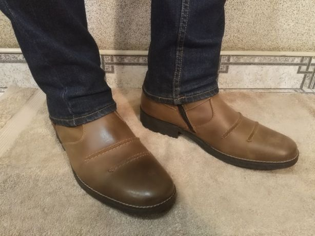 Зимові шкіряні черевики Rieker 44(Зимние кожаные мужские ботинки)