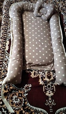 Кокон для младенца с ортопедической подушечкой и матрасом