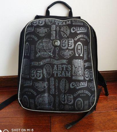 Plecak tornister szkolny marki Herliz kolekcja AIRGO kolor czarny