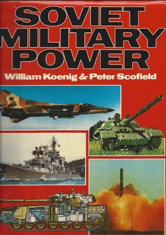 Livros e brochuras sobre temáticas militares e afins