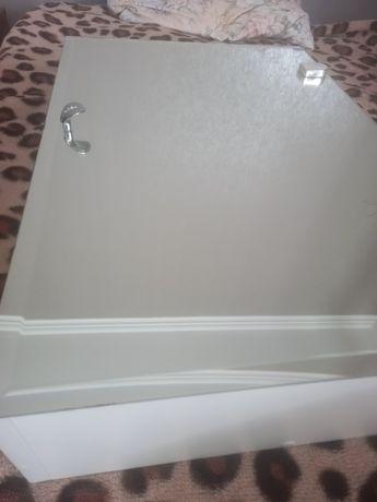 Зеркальна тумба для ванної