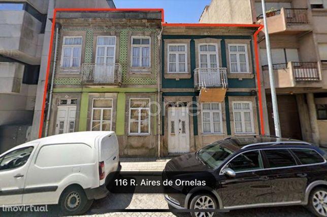 2 Prédios em Aires Ornelas c/ Pojecto de 9 Apartamentos, Bonfim, Porto
