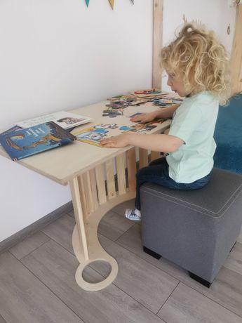 Zjeżdżalnia oraz blat biurka 2w1 uzupełnia DUŻY BUJAK drewniany