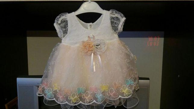 Нарядное платье на 6-9 месяцев!