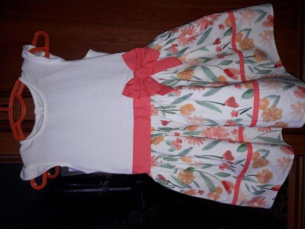 Новое нарядное платье на 2-3года