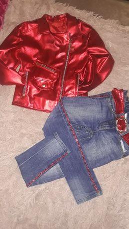 Косуха и джинсы с лампасами