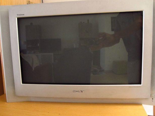 Tv Sony Black Triniton 28´´