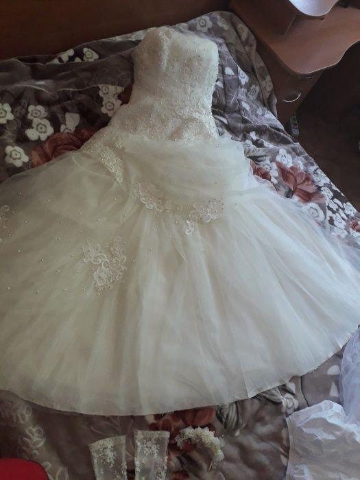 Продам свадебное платье с туфлями Одесса - изображение 1