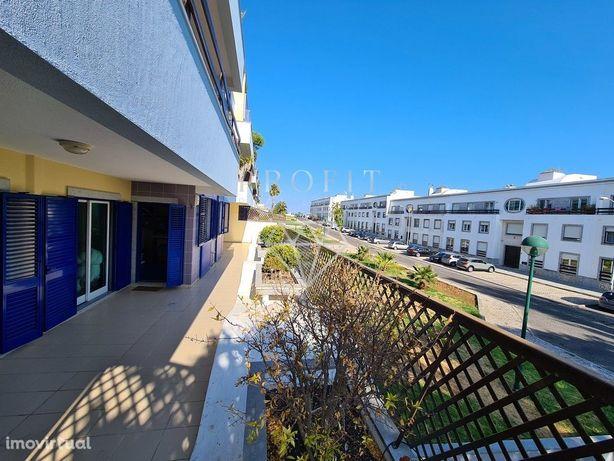 Apartamento T3+1 Oeiras (Parque Poetas) Terraço e Garagem Box