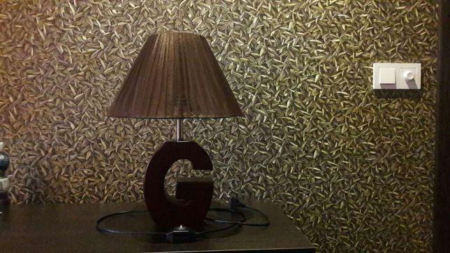 лампа, светильник.