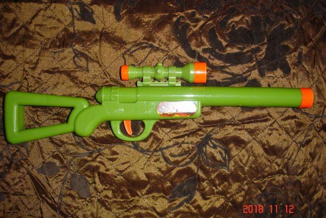 Zabawka strzelba z lunetą