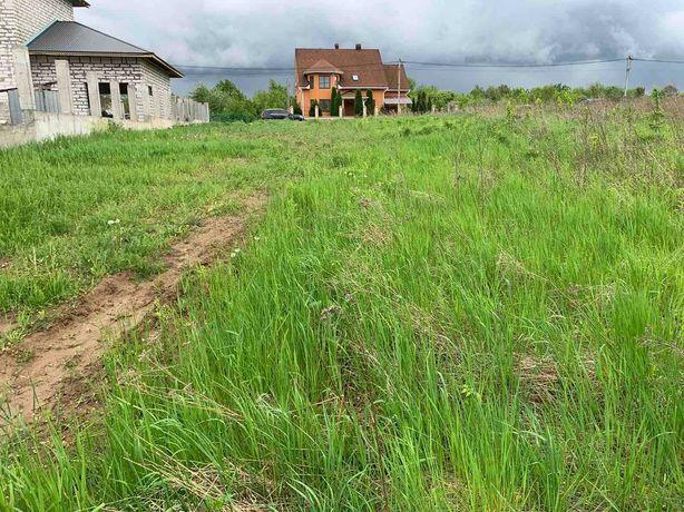 Продається земельна ділянка в с. Зарванці