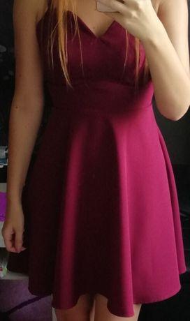 Rozkloszowana sukienka w serce - bordowa S 175 cm