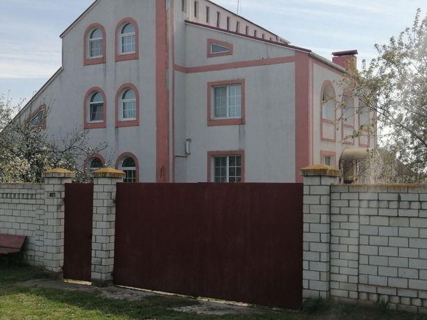 Продам дом, Киевская обл. Макаровский р-н с. Андреевка ул. Новая 9.