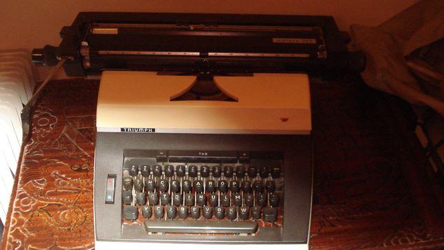 Maquina de escrever de fita triumph matura 300