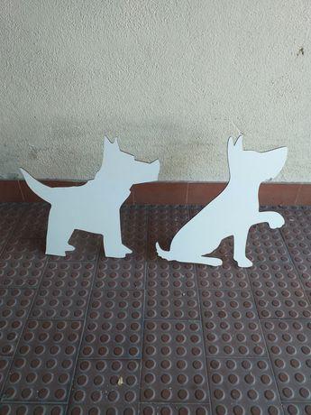 Cão em madeira fina, para decoração