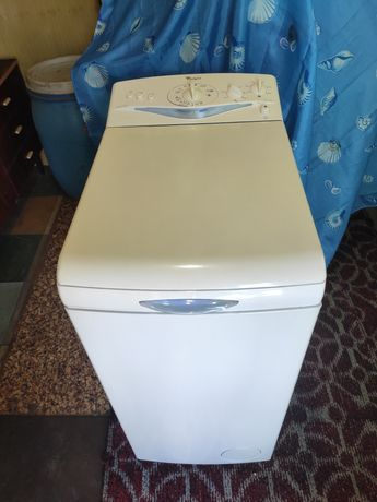 Продам стиральную машинку с вертикальной загрузкой