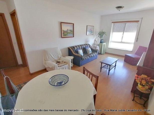 Excelente apartamento com vista serra