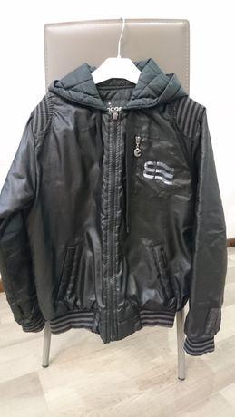 Курточка деми бомбер на 11-12 лет