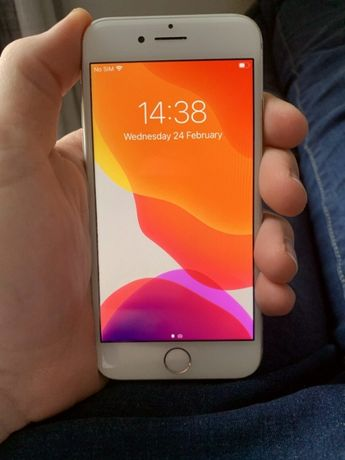 Apple iPhone 8, 64 Gb Neverlock, Silver - идеал