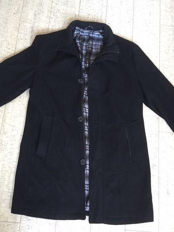 Elegancki płaszcz męski rozmiar M/L wiosenny czarny Dunmore