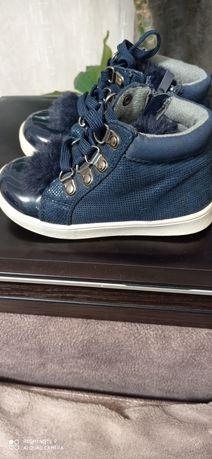 Продаются кожаные ботиночки